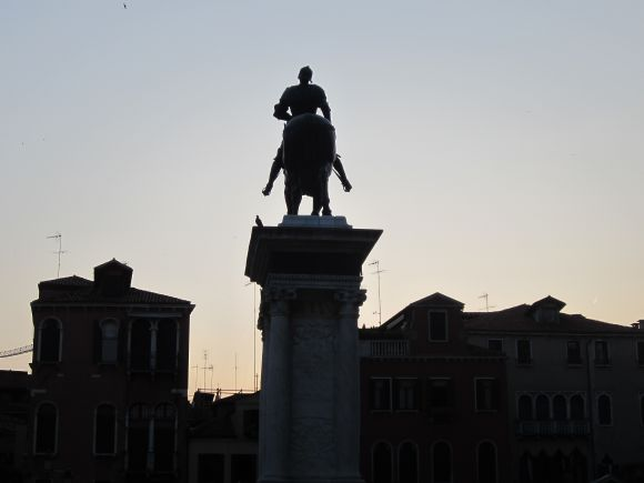 But I have to say that I do sleep better knowing that the great Bartolomeo Colleoni is always on watch.