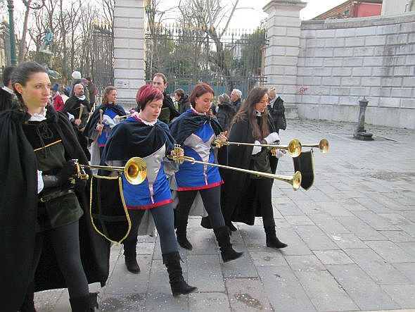 These are major trumpeters, evidently saving their fanfares for the Piazza San Marco.