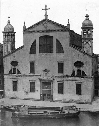 The church of Santa Lucia in 1861, shortly before it was demolished to make room for the train station.